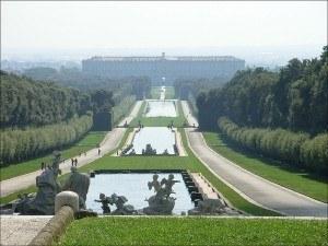 Permesso Di soggiorno Part Two Fox Emerson Caserta La Reggia Palazzo Reale